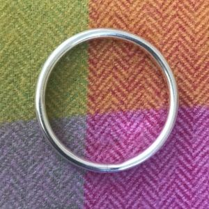 Jewelry - 💜Sterling Silver Bangle